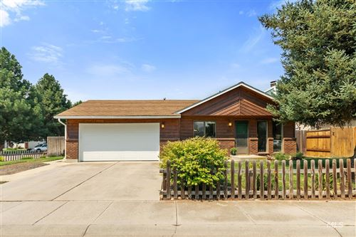 Photo of 3949 S Northbridge Way, Boise, ID 83706-5939 (MLS # 98810837)