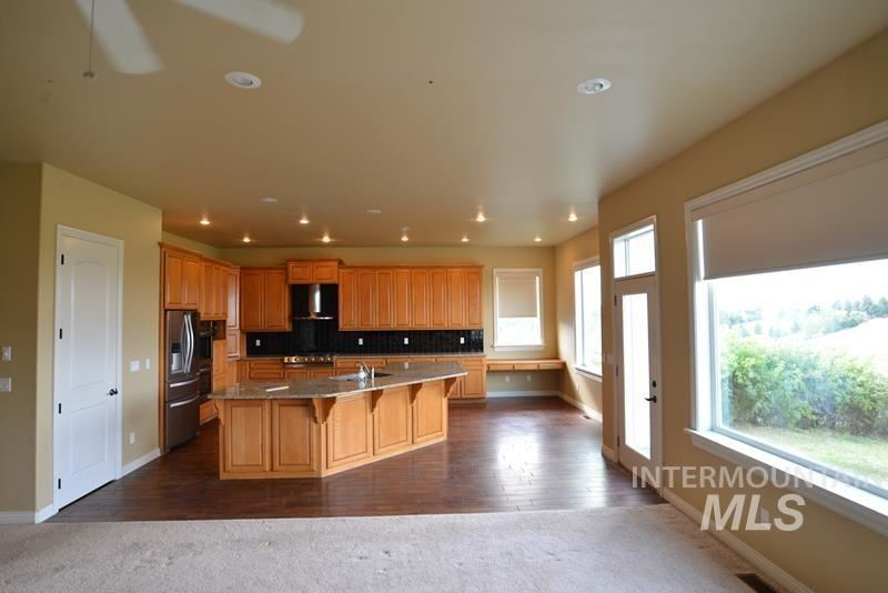 Photo of 2518 Itani Dr, Moscow, ID 83843 (MLS # 98774837)