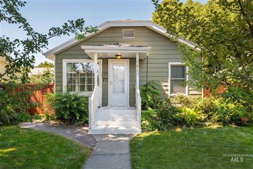 Photo of 1317 N 15th, Boise, ID 83702 (MLS # 98776840)