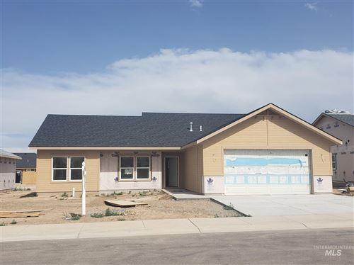 Photo of 996 Dunnigan Street, Twin Falls, ID 83301 (MLS # 98767846)