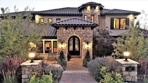 Photo of 587 N Strata Via Way, Boise, ID 83712 (MLS # 98780854)