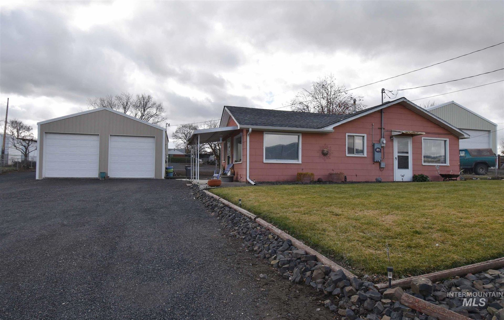 Photo of 2041 Valleyview Drive, Clarkston, WA 99403 (MLS # 98794854)