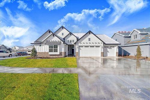 Photo of 5919 S Hill Farm Way, Meridian, ID 83642 (MLS # 98772857)