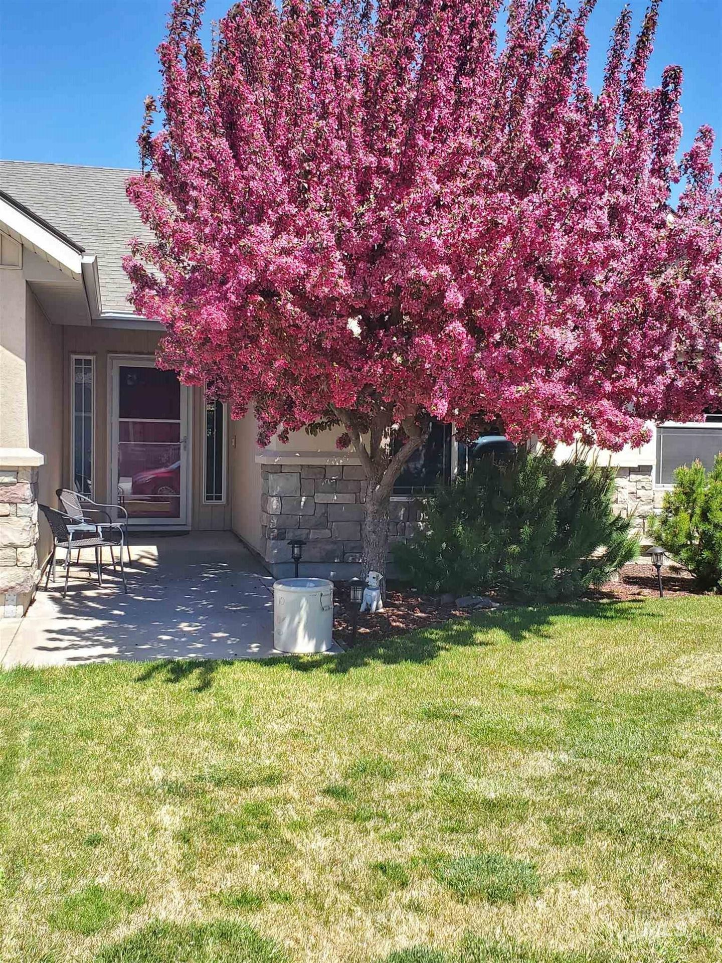 Photo of 466 Pioneer Path, Twin Falls, ID 83301 (MLS # 98794857)