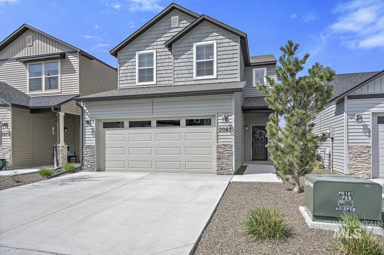 Photo of 2061 S Hills Ave, Meridian, ID 83642 (MLS # 98798861)
