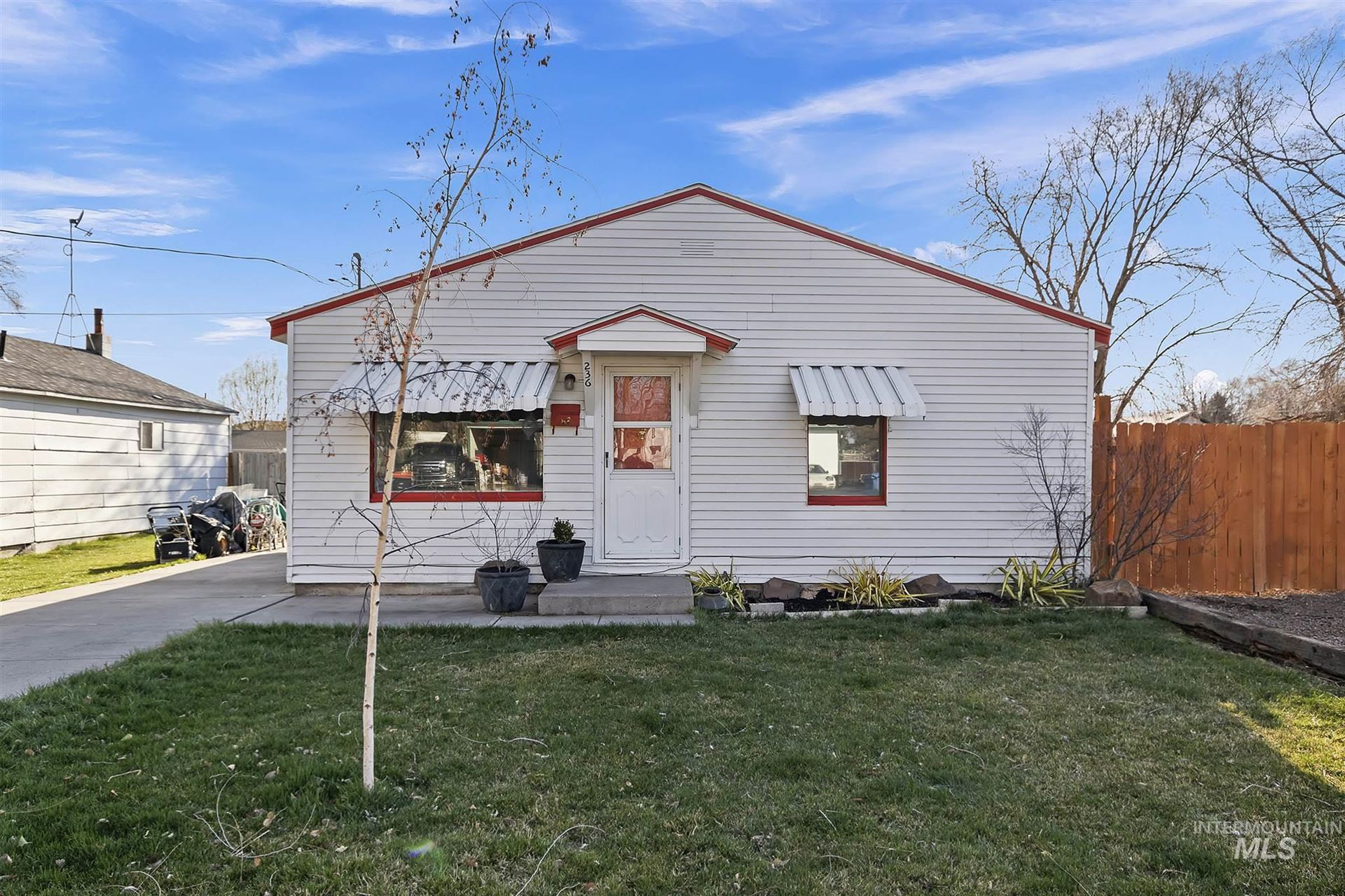 Photo of 236 Sycamore St., Twin Falls, ID 83301 (MLS # 98797863)