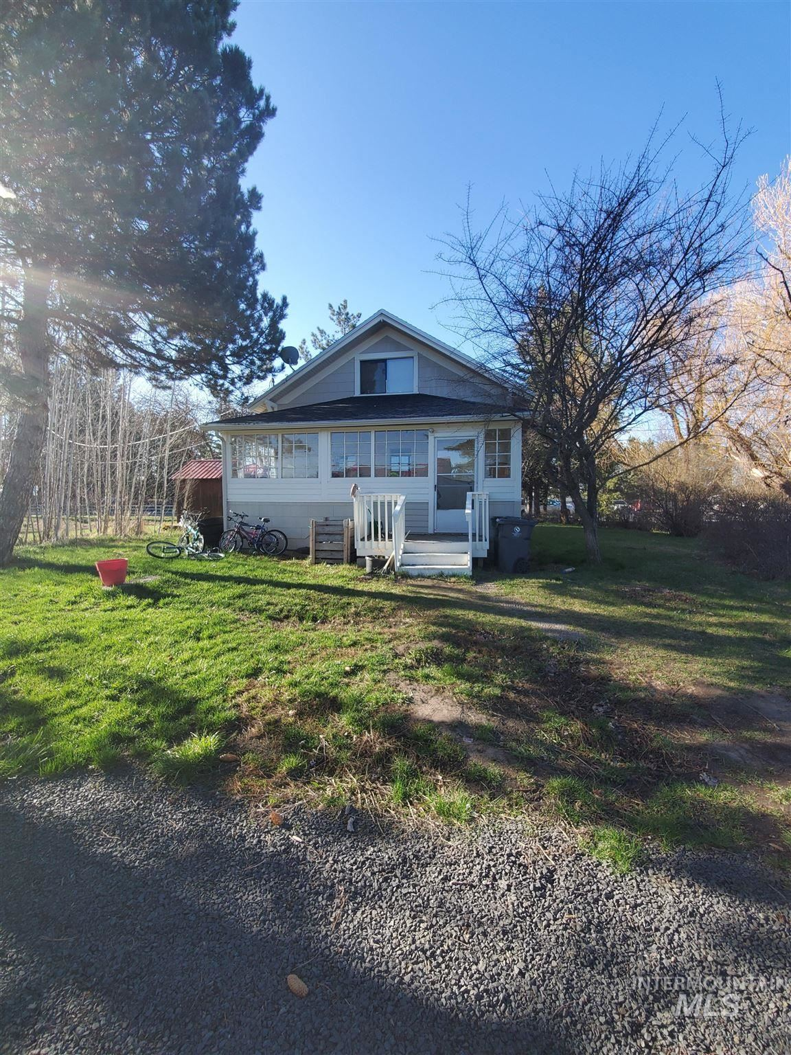 Photo of 1604 E D, Moscow, ID 83843 (MLS # 98809867)