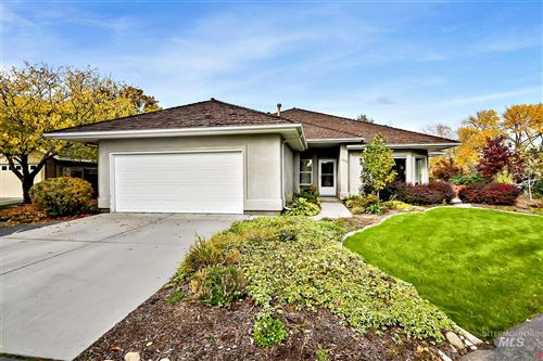 Photo of 4878 N Lakeview Pl, Boise, ID 83714 (MLS # 98784874)