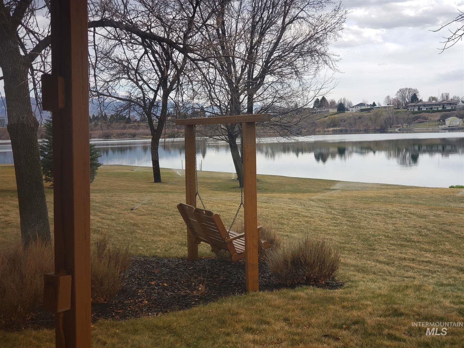 Photo of 915 S River Drive, Heyburn, ID 83336 (MLS # 98798883)