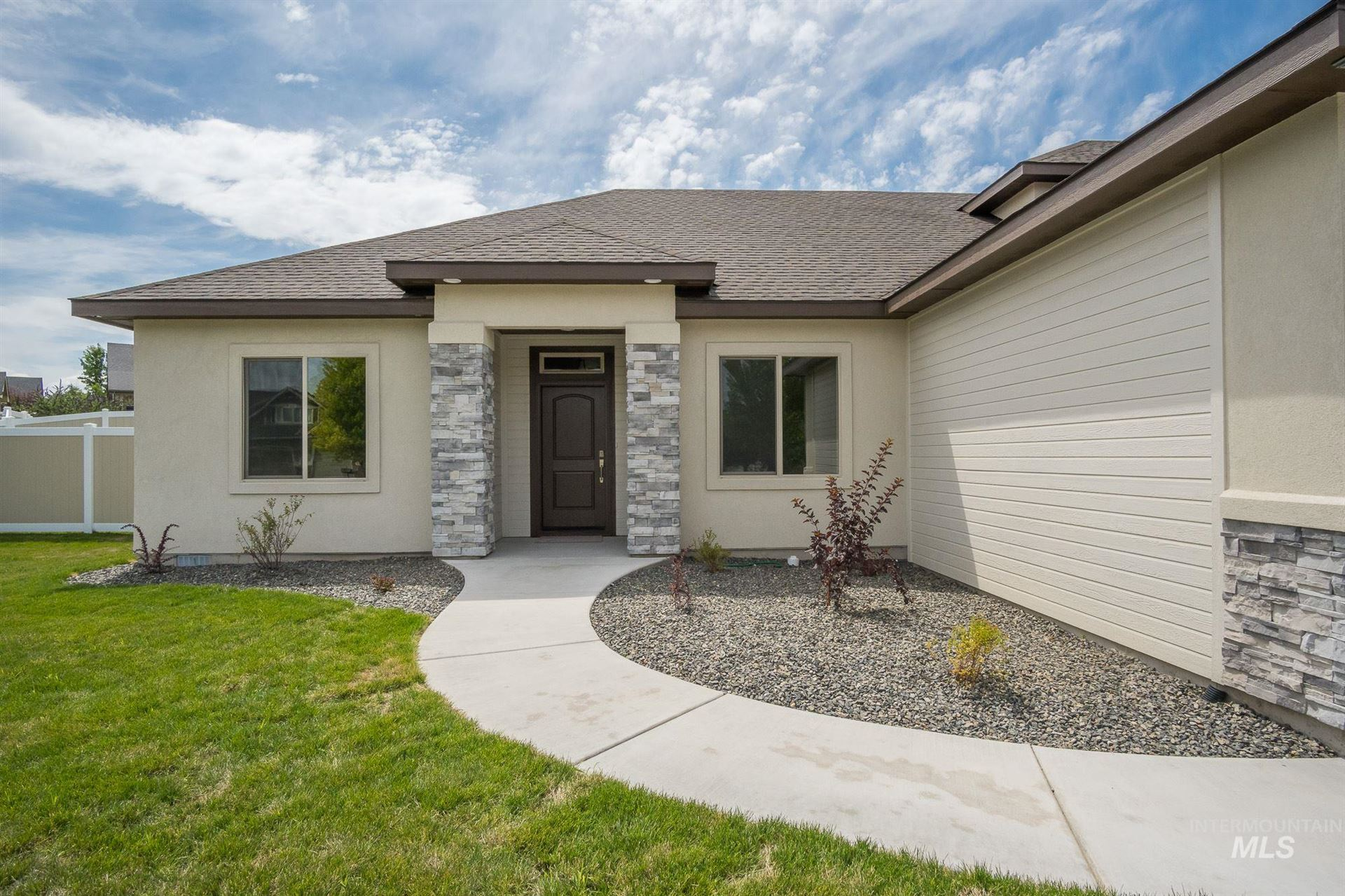 Photo of 3509 E Alexis Ct, Nampa, ID 83686 (MLS # 98794885)