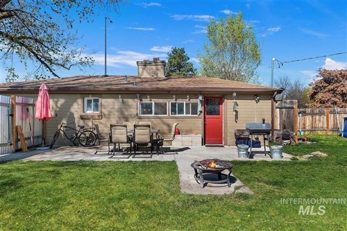 Photo of 2108 S Vista Ave, Boise, ID 83704 (MLS # 98803886)