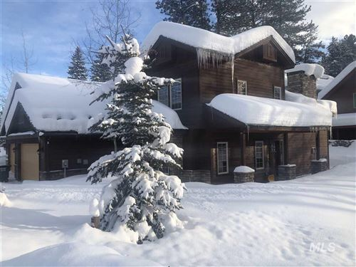 Photo of 606 Blue Water Circle, McCall, ID 83638 (MLS # 98754890)