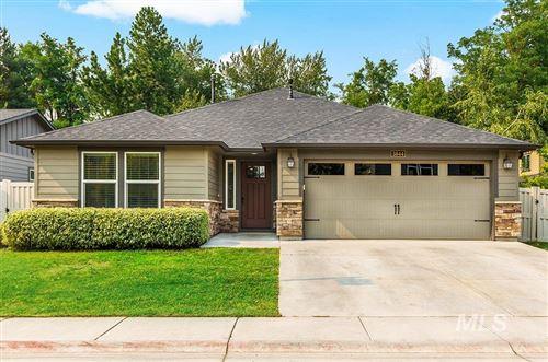 Photo of 3844 W Magnolia Ln, Boise, ID 83703 (MLS # 98811890)