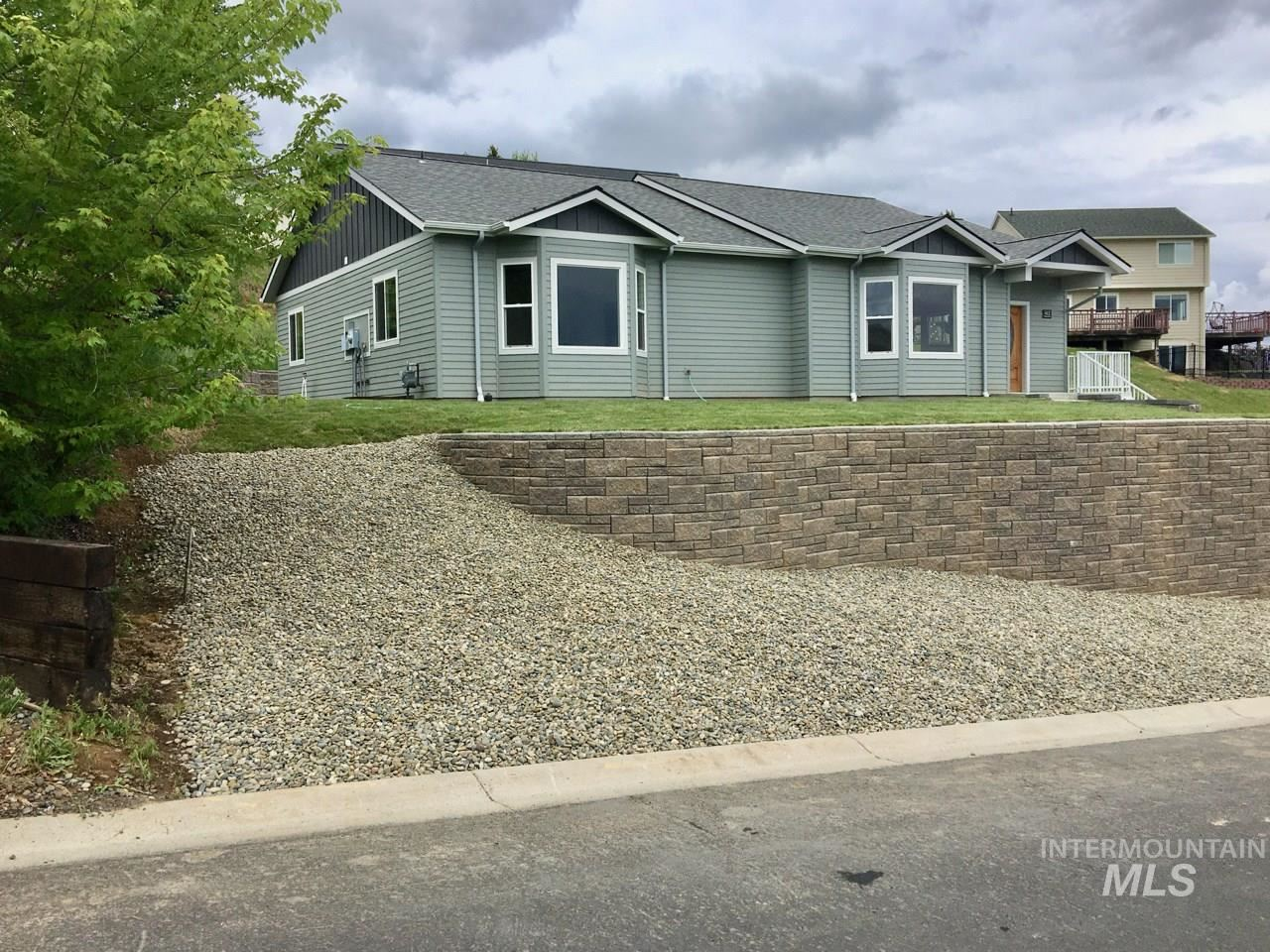 412 Victoria Drive, Moscow, ID 83843 - MLS#: 98751892