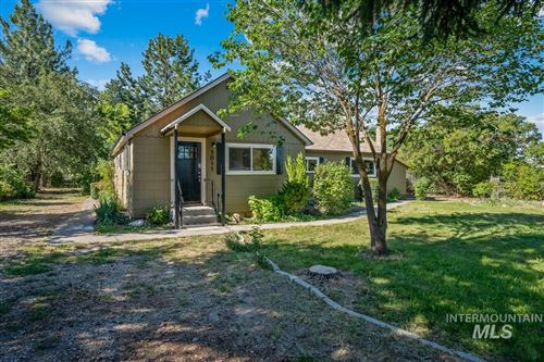 Photo of 1011 W Galloway Ave, Weiser, ID 83672 (MLS # 98772893)