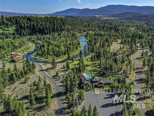 Photo of 114 Fawnlilly Dr, McCall, ID 83638 (MLS # 98767901)