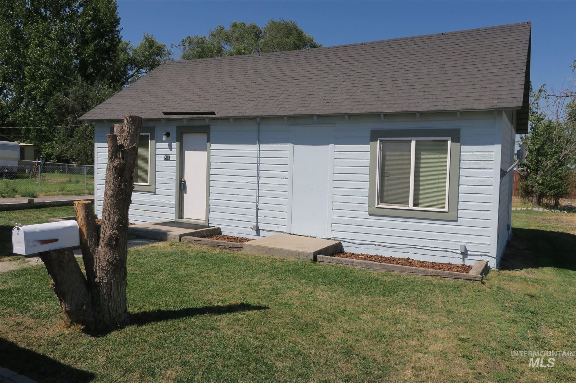 Photo of 211 S Elm Street, Jerome, ID 83338-0001 (MLS # 98775909)