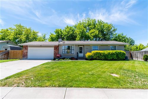 Photo of 1227 Park Meadows Dr, Twin Falls, ID 83301 (MLS # 98768911)