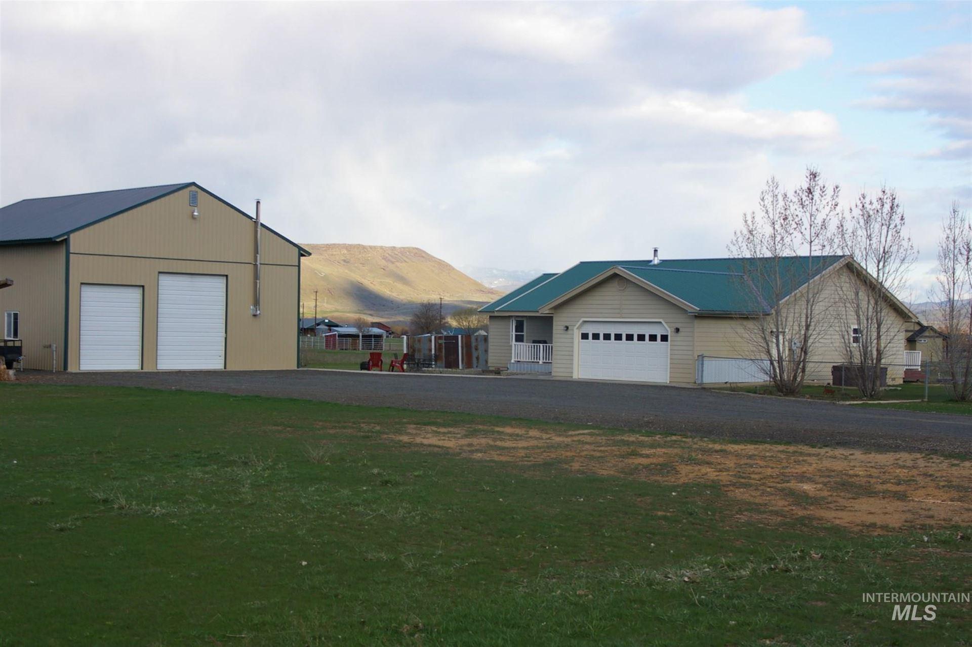 Photo of 2681 Painted Ridge LN, Cambridge, ID 83610 (MLS # 98798915)