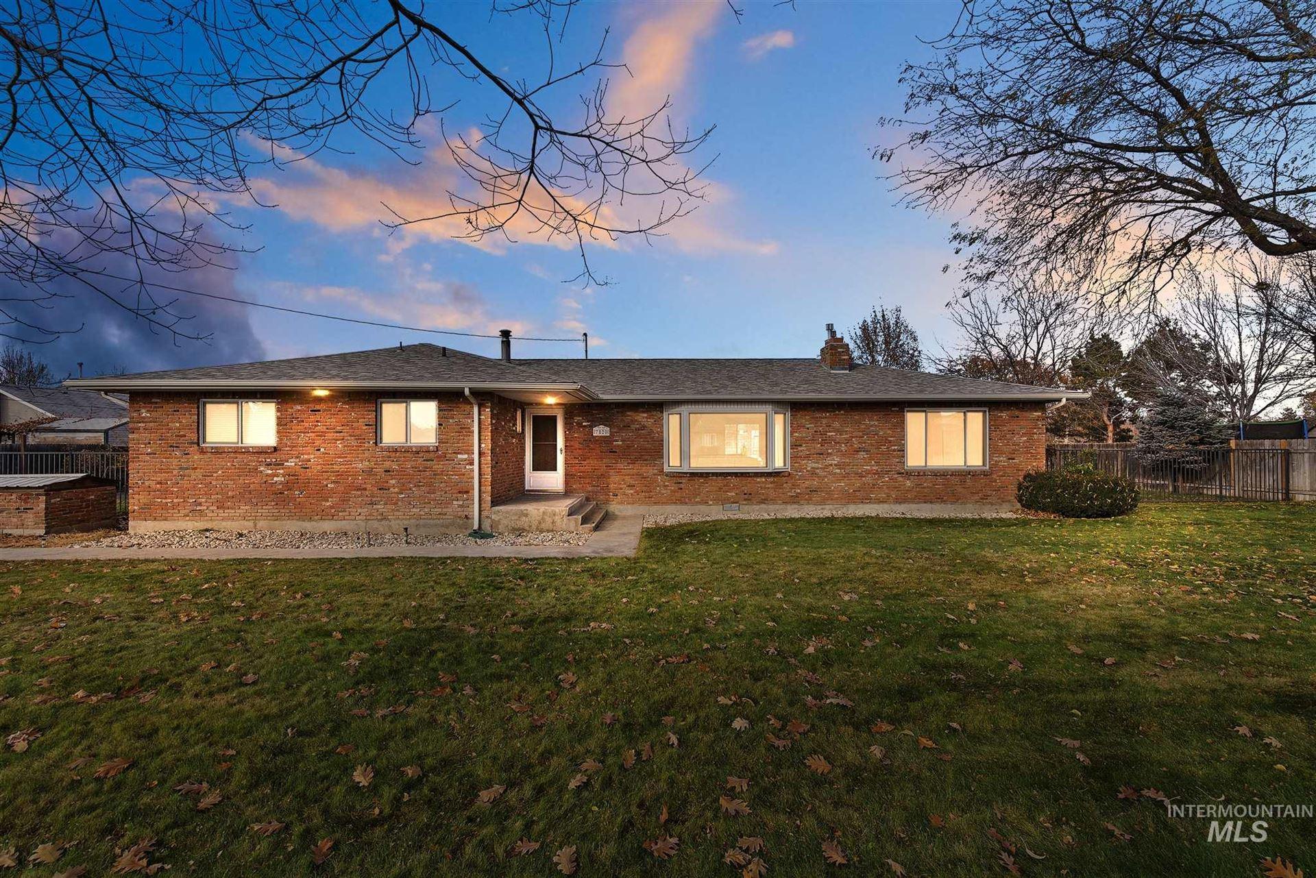 Photo of 7820 W Preece Dr, Boise, ID 83704 (MLS # 98786925)