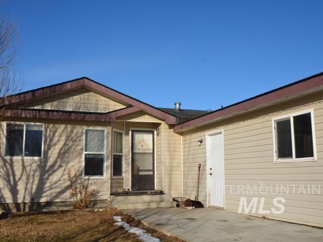 Photo of 1126 E 720 N, Richfield, ID 83349-0000 (MLS # 98791926)