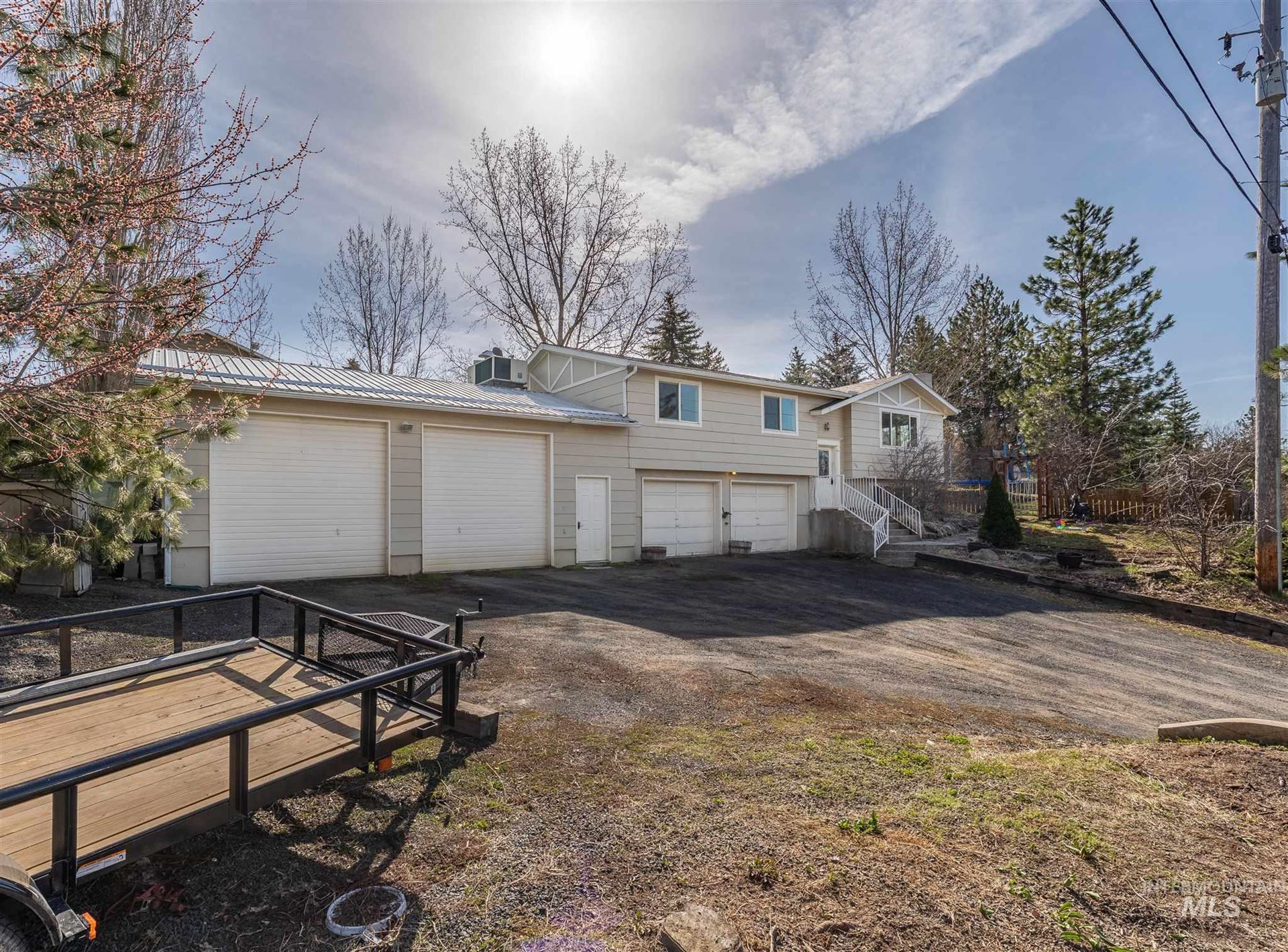 Photo of 130 Mary St, Troy, ID 83871 (MLS # 98798926)