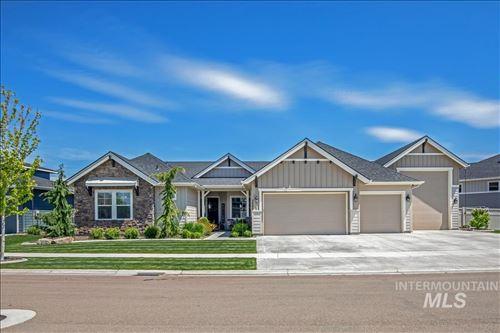 Photo of 3640 N Pampas Ave, Meridian, ID 83646 (MLS # 98802928)