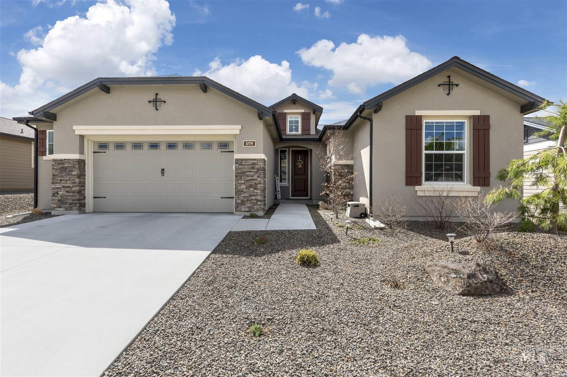 Photo of 5179 W White Hills Dr #289, Boise, ID 83714 (MLS # 98798929)