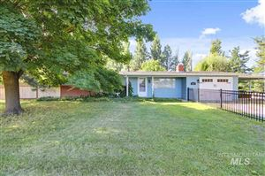 Photo of 1137 W Floating Feather Rd, Eagle, ID 83616-3705 (MLS # 98741930)
