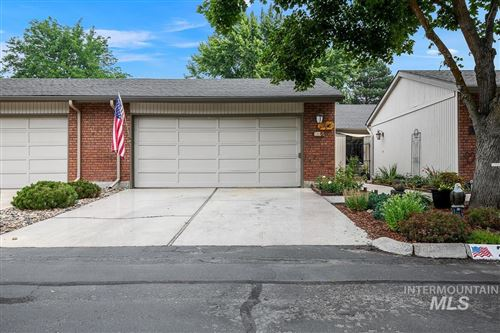 Photo of 280 W ARROWROCK LN, Boise, ID 83706 (MLS # 98811934)
