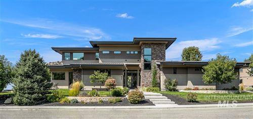 Photo of 632 E Clubview Drive, Boise, ID 83702 (MLS # 98816938)