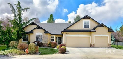 Photo of 1947 S Riverford Place, Eagle, ID 83616 (MLS # 98761939)