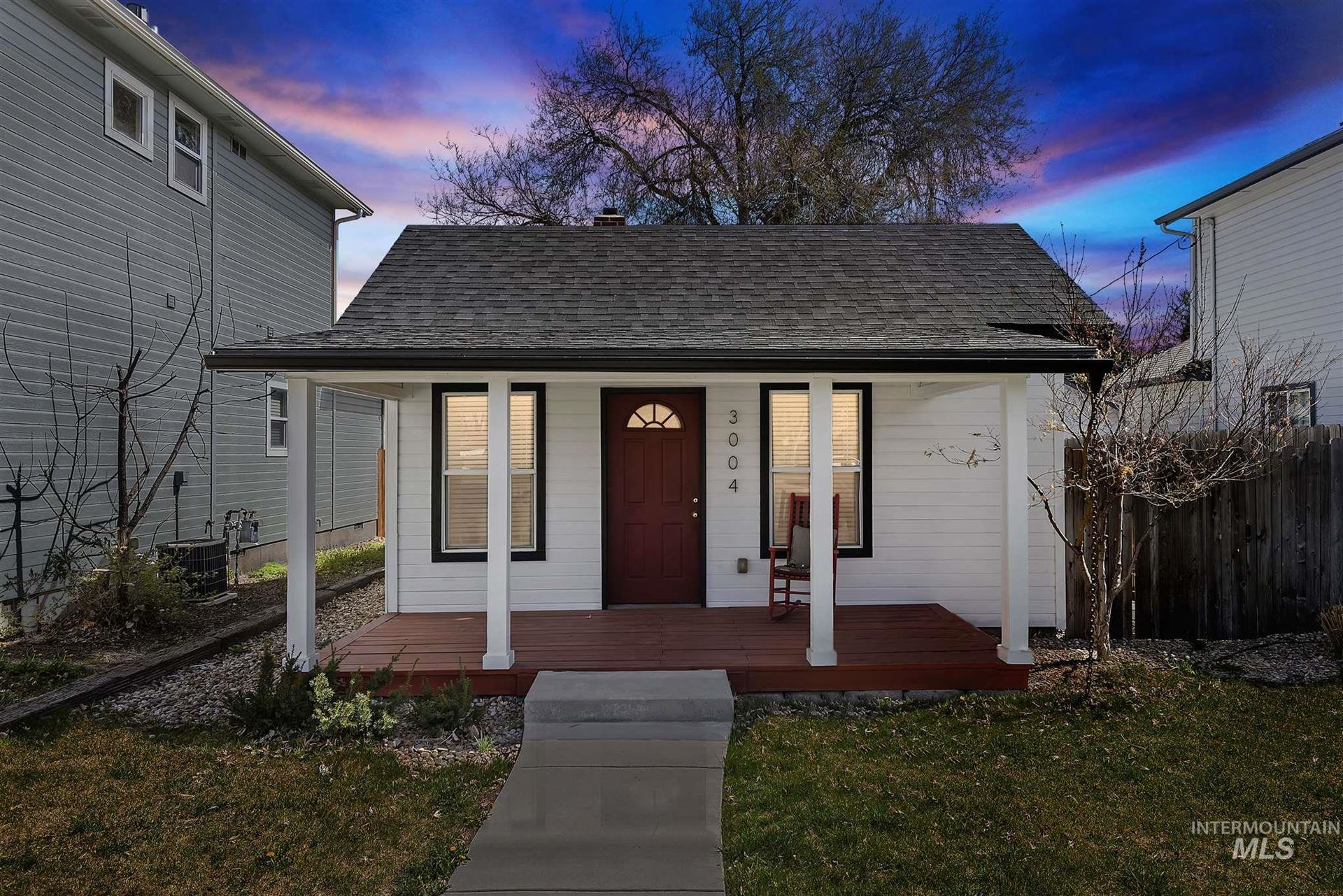 Photo of 3004 N 36th Street, Boise, ID 83703 (MLS # 98798939)
