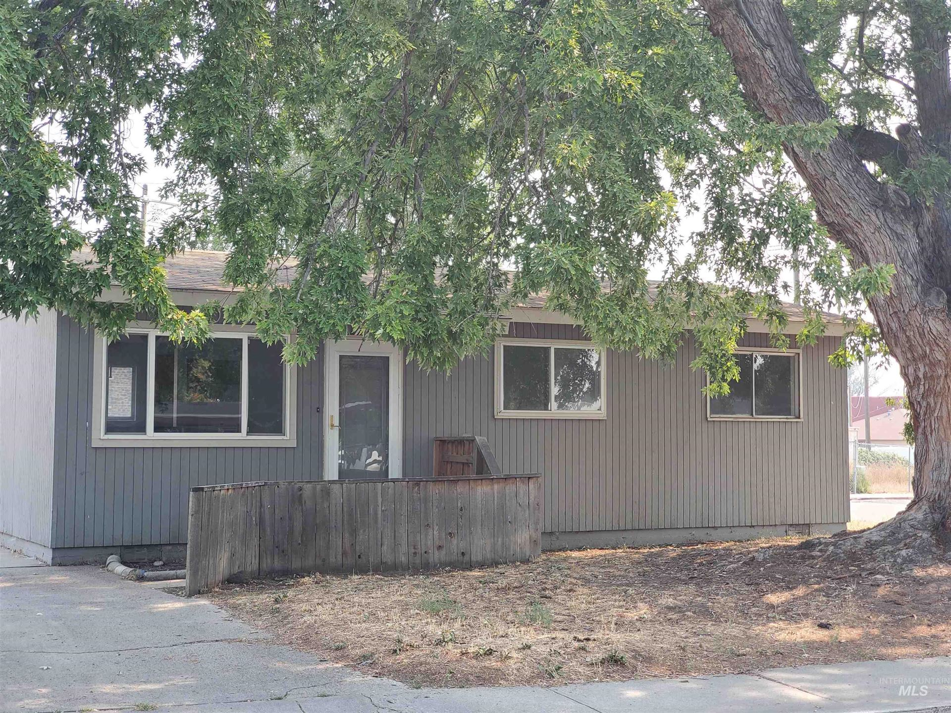 Photo of 202 N 4h West, Mountain Home, ID 83647-0000 (MLS # 98817944)
