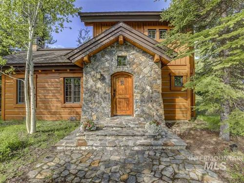 Photo of 21 Rock Creek, Donnelly, ID 83615 (MLS # 98732965)