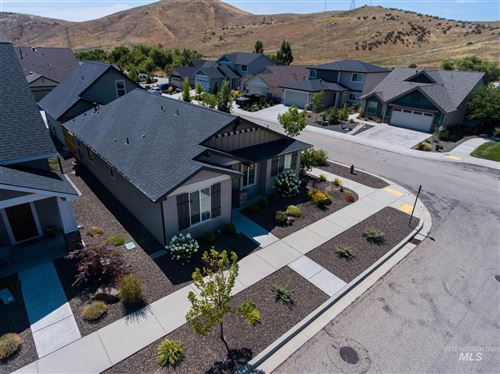 Photo of 6039 W Torrylin St, Boise, ID 83714 (MLS # 98775975)