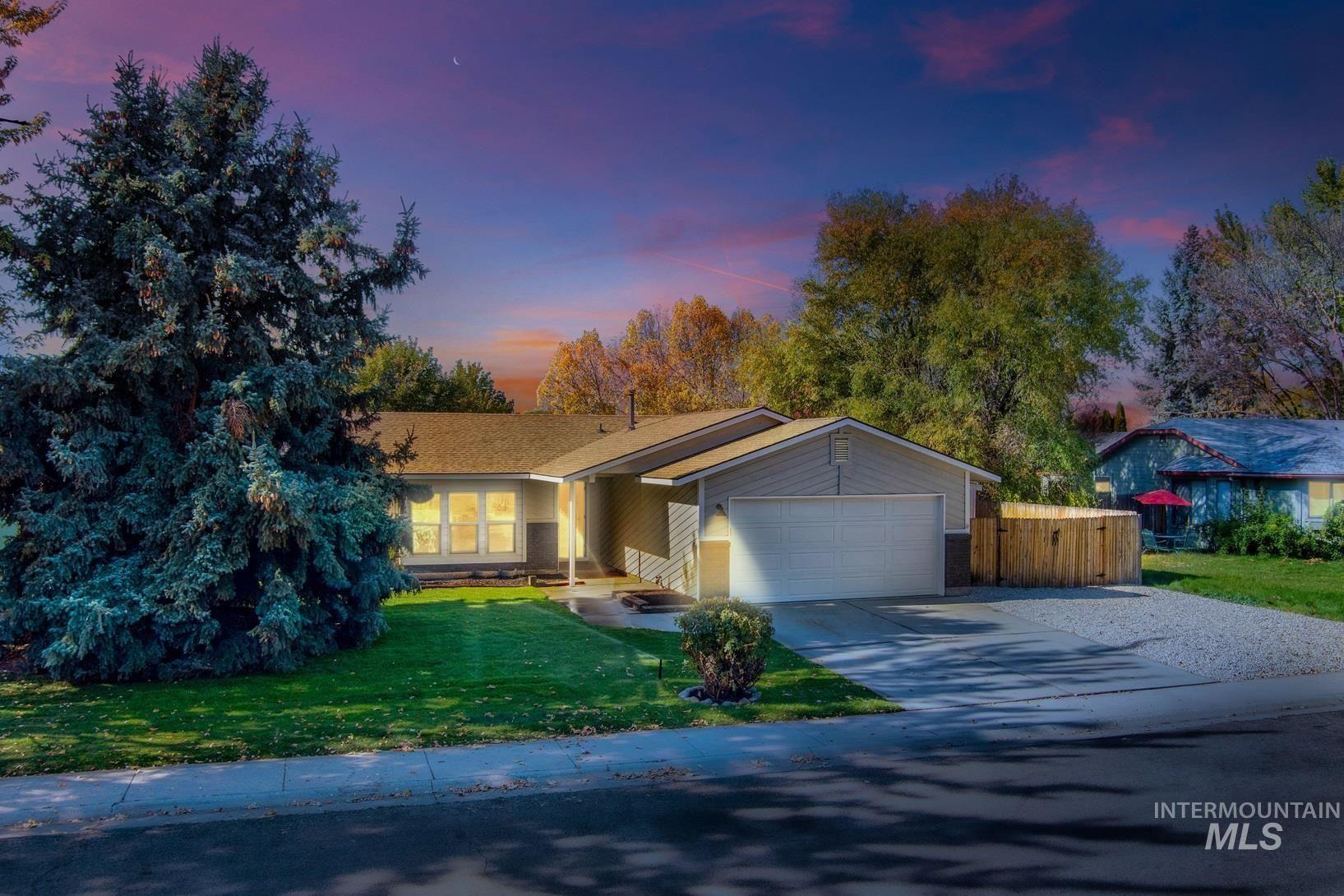 4561 Bluegrass, Boise, ID 83703 - MLS#: 98822980