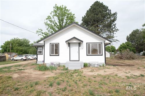 Photo of 2219 N Whitley Dr, Fruitland, ID 83619 (MLS # 98766990)