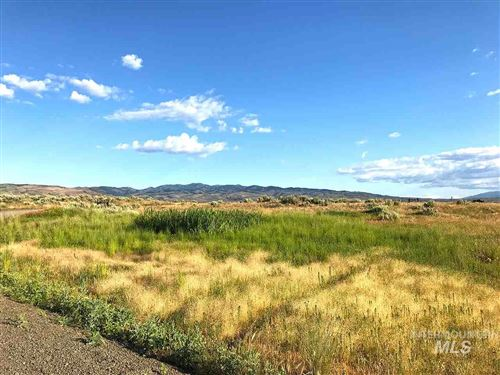 Photo of TBD Waite RD, Midvale, ID 83645 (MLS # 98739991)
