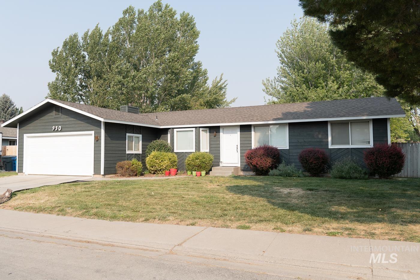 930 S Haskett, Mountain Home, ID 83647 - MLS#: 98821992