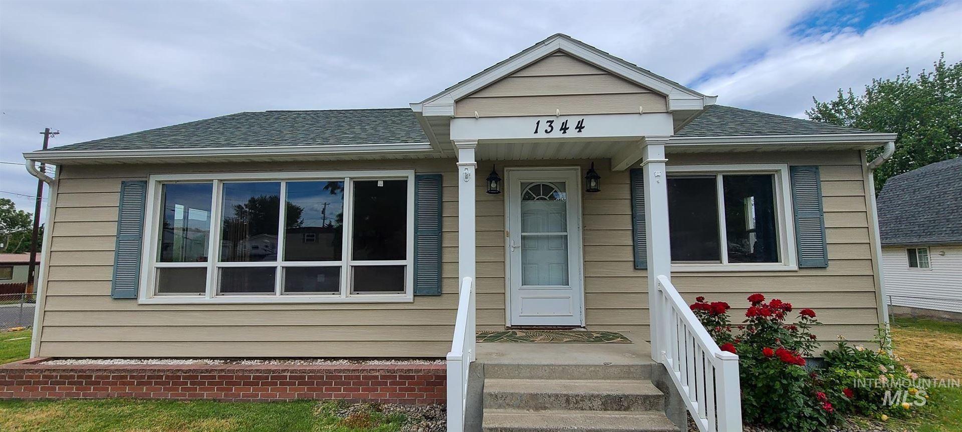 Photo of 1344 Libby Street, Clarkston, WA 99403-2438 (MLS # 98806996)