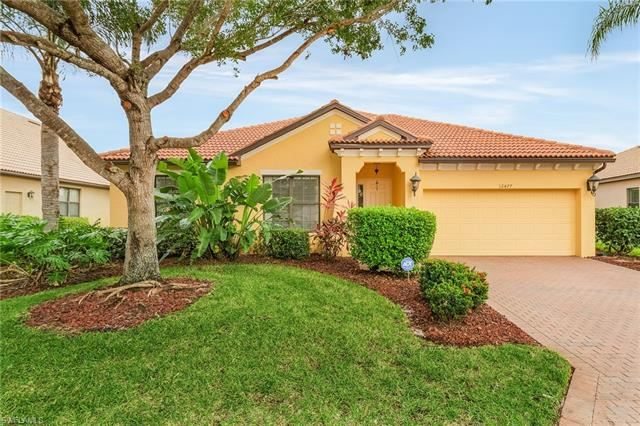 12477 Country Day CIR, Fort Myers, FL 33913 - #: 221068011