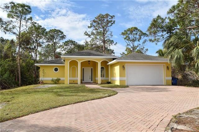 12040 Circle DR, Bonita Springs, FL 34135 - #: 221002066