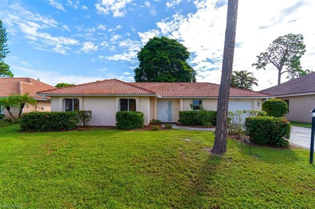 26920 Spanish Gardens DR, Bonita Springs, FL 34135 - #: 220068235