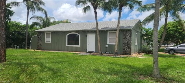 18635 Birch RD, Fort Myers, FL 33967 - #: 221054266