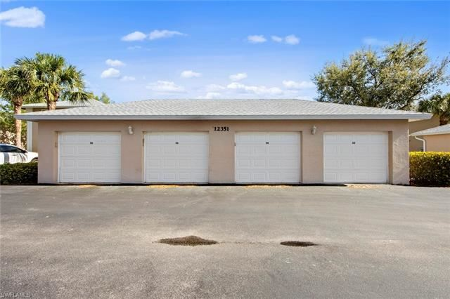 12351 NOTTING HILL LN #34, Bonita Springs, FL 34135 - #: 221017319