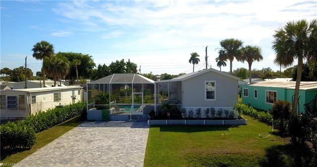 35 Derhenson DR, Naples, FL 34114 - #: 220034334