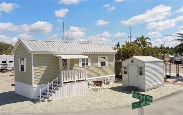 3794 Peppermint WAY, Bonita Springs, FL 34134 - #: 220075364