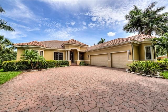 10171 Main DR, Bonita Springs, FL 34135 - #: 220036430