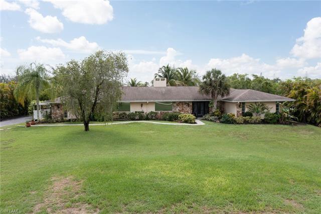 7251 Lake DR, Fort Myers, FL 33908 - #: 221045451